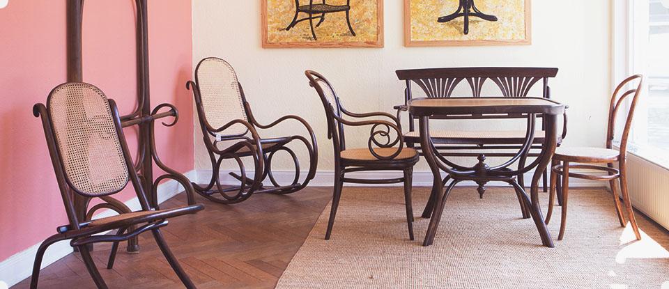 der stuhl flechtarbeiten restaurierung und verkauf alter thonet klassiker. Black Bedroom Furniture Sets. Home Design Ideas